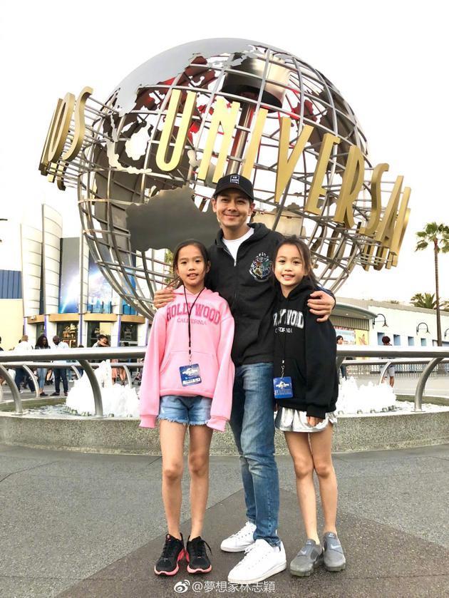 林志颖带钟丽缇的俩女儿出游 姐妹花大长腿抢镜