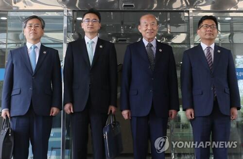 韩朝红十字会会谈韩方代表团启程赴朝