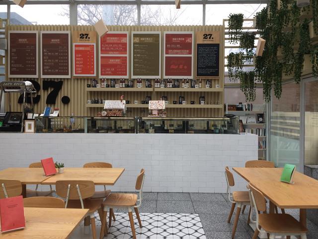 李亚鹏在北京开的文艺复兴风格咖啡店