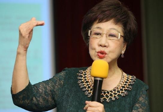 吕秀莲爆蔡英文用尽一切力量打压她:民进党让我觉得丢脸