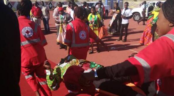 津巴布韦集会爆炸致42人受伤 其中6人重伤(图)