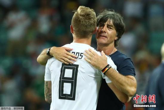 世界杯:10人德国生死战2-1绝杀瑞典 掌握出线主动