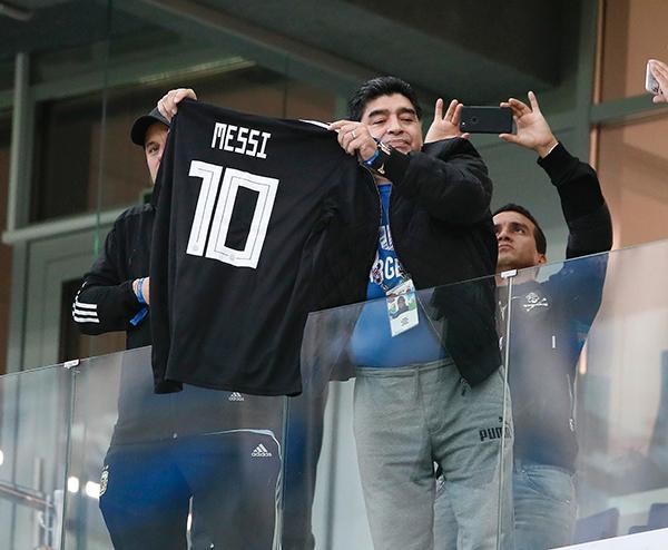 """梅西31岁生日快乐!要想赢球,老马的建议是""""全队打一架"""""""