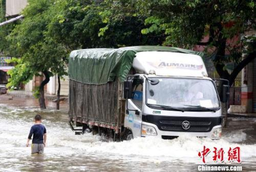 广西超4万人因强降雨天气影响受灾 2人死亡