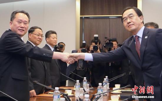 韩媒:韩朝将在多地接连开会 全面落实《板门店宣言》