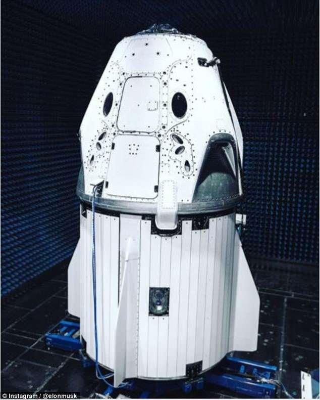载人龙飞船接受测试:未来可送人去火星