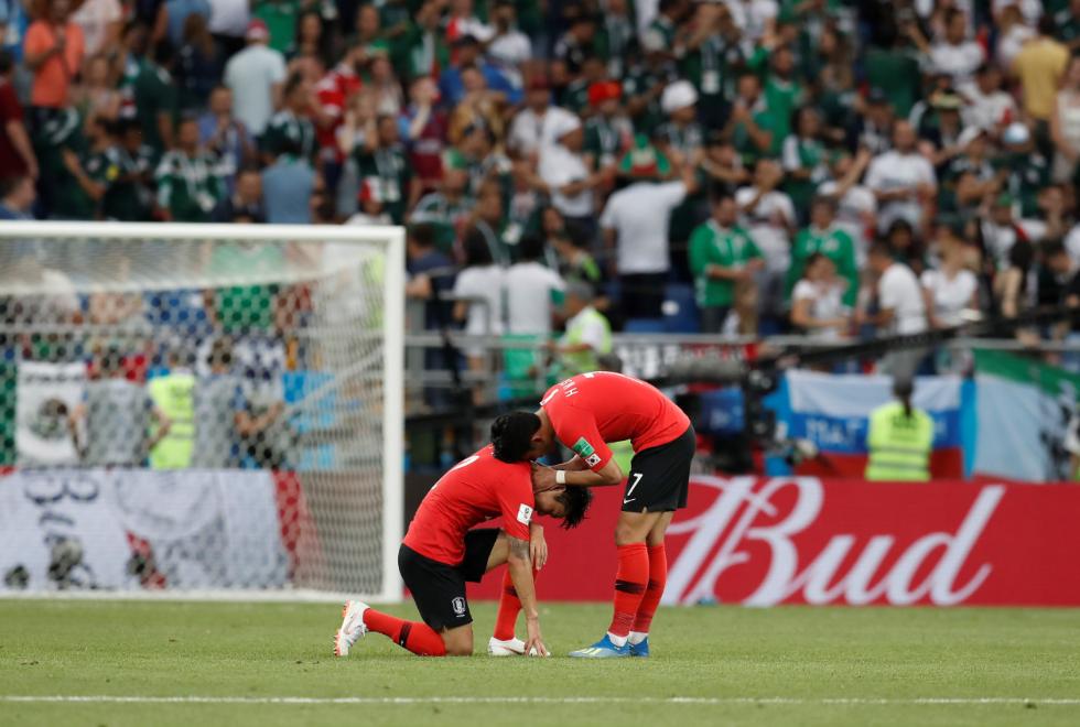 韩国足协向FIFA抗议:为啥犯规不吹!?韩媒附和:就是!