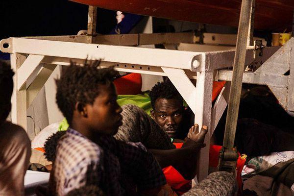 载234名移民救援船被困马耳他水域 意大利拒收