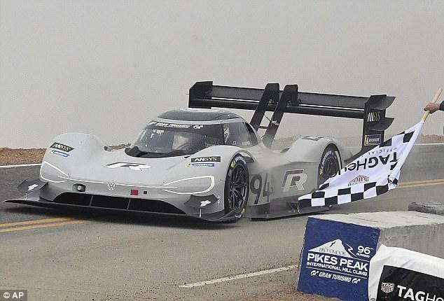 7分57秒!大众I.D. R电动赛车打破派克峰纪录