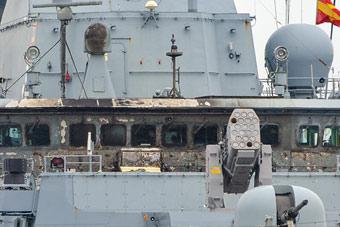 德国新锐护卫舰垂发导弹时失事 把自己烤焦