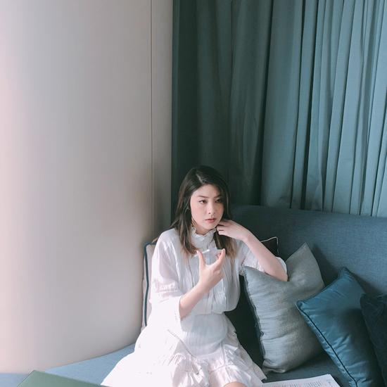 陈慧琳首次音频直播 与粉丝亲密互动