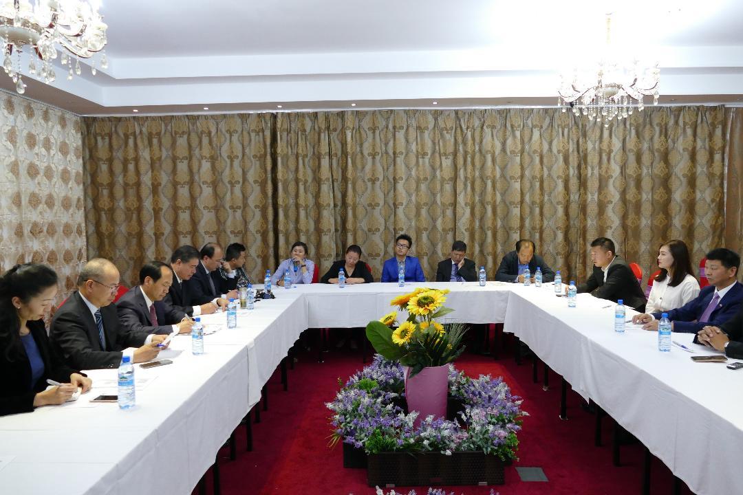 北京海外联谊会代表团访问波兰