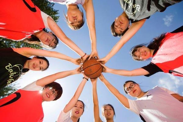 高校毕业季 用篮球说再见