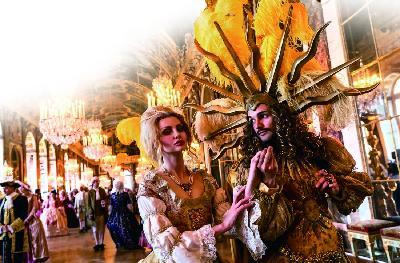 求爱派对,凡尔赛宫的穿越舞会