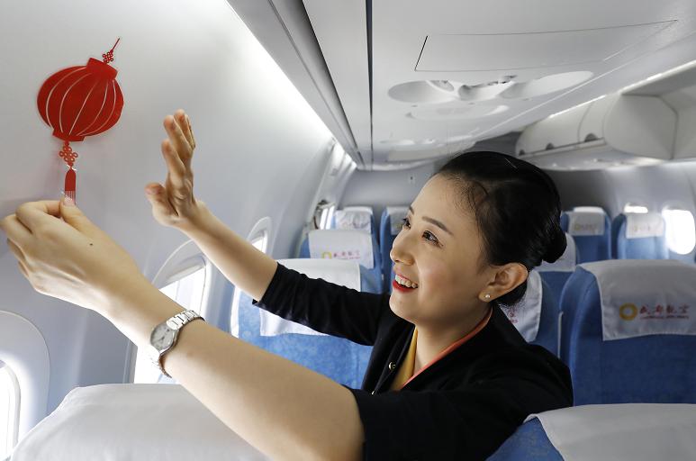 ARJ21飛機航線運營兩周年 安全載客突破10萬人次