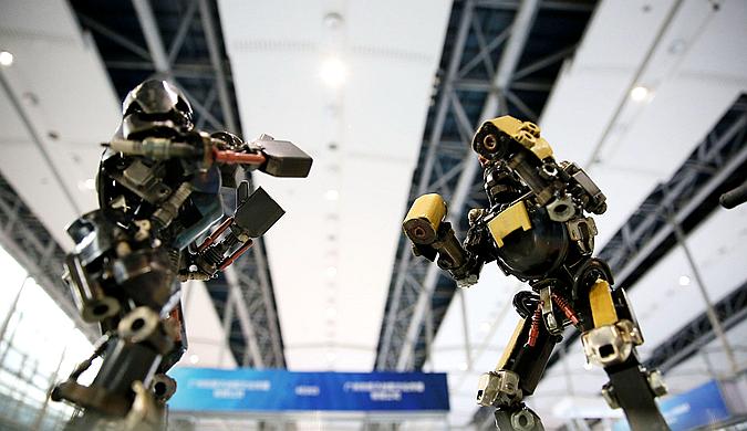 """机器人""""战""""广州 创交会三大领域机器人各显神通"""