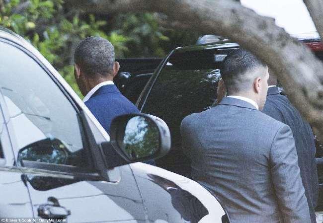 """""""平民""""奥巴马人气不减 合影费高达10万美元"""