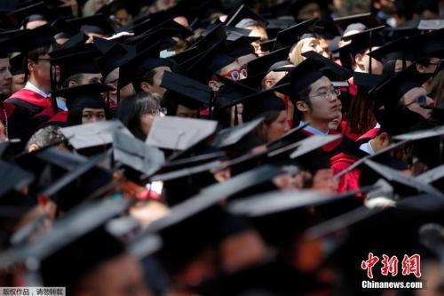 海外留学生心理问题获重视 专家:父母需肩负更多责任