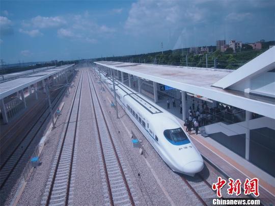 广东深湛铁路江湛段正式投运 结束粤西不通高铁历史