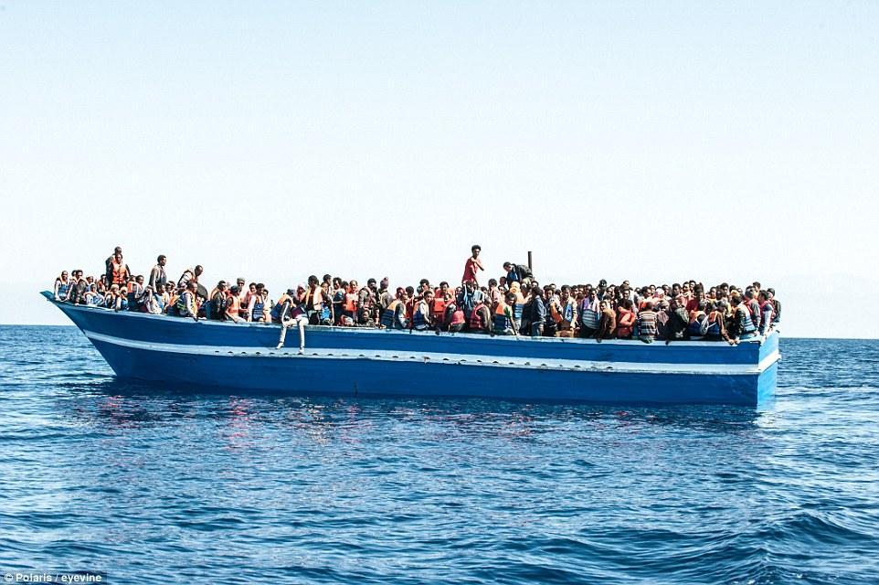 意大利拒收移民船:你们只能在明信片上看到意大利