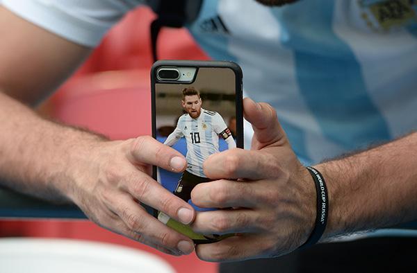 被足球左右的国家:经济危机恶化,阿根廷唯一的安慰碎了