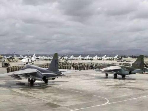 俄驻叙部队击落数架逼近赫迈米姆空军基地的小型无人机