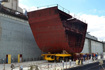 捉襟见肘:俄7500吨军舰也要多个船厂建造分段
