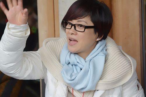 毛阿敏女儿近照遭曝光, 网友表示: 将来肯定要比那英的娃火