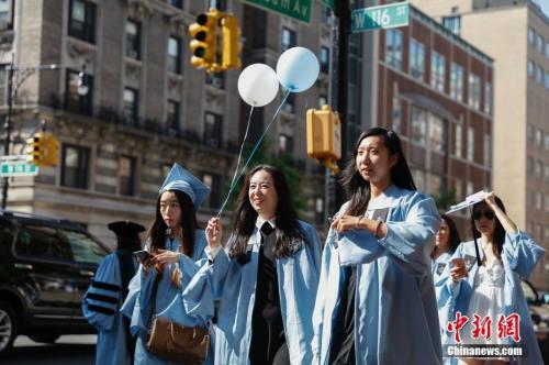 赴美留学生暑期缘何不归?签证收紧或为原因之一