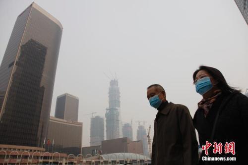 """明显降低PM2.5浓度 未来三年中国将这样""""保卫蓝天"""""""