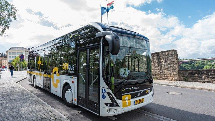 沃尔沃获瑞典史上最大电动巴士订单 明年秋交付使用
