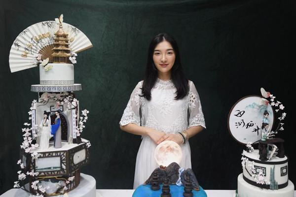 """杭州蛋糕师将""""白娘子""""搬上蛋糕 演绎江南记忆"""