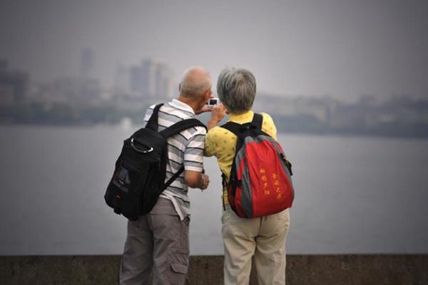 日媒:中国老年人旅游,相关法规亟待完善