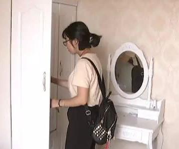 姑娘住进五男一女群租房 住了一晚想退租却被拒绝