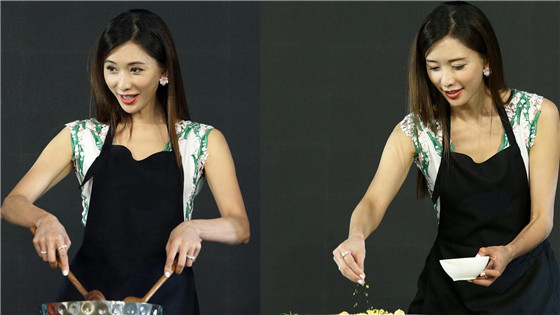 林志玲穿清新短裙秀上围展厨艺