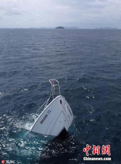 泰国游船倾覆事故已有41人遇难