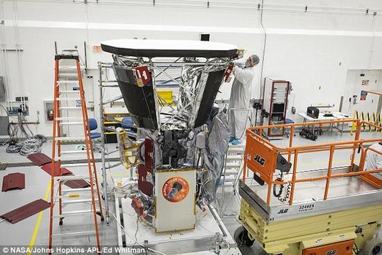 "NASA帕克探测器将升空 助人类首次""碰触""太阳"