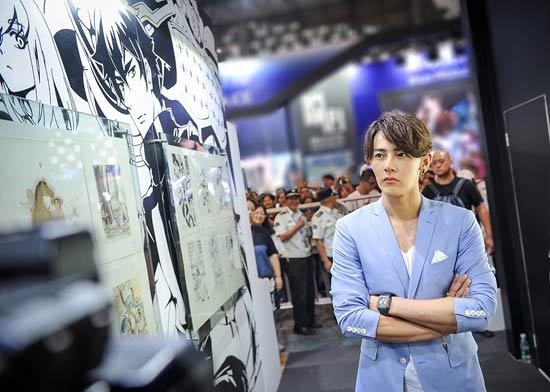 汪东城出席活动跨次元男神掀起现场高潮