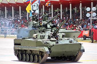 委内瑞拉阅兵庆祝独立207周年 大量中国装备亮相