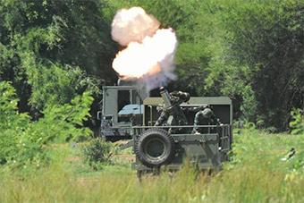 泰国测试以色列最新软后坐力120mm迫击炮