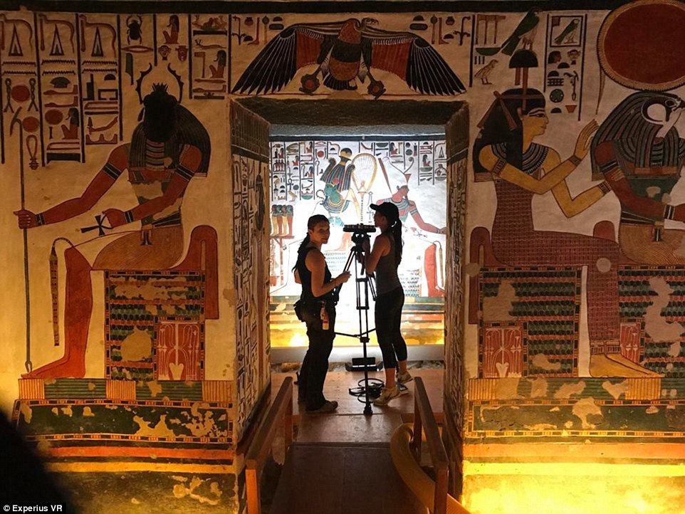 用VR来体验一次埃及古代墓穴内部的奢华吧