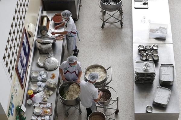 泰被困少年足球队成员已有8人获救 医院安排营养师准备食物