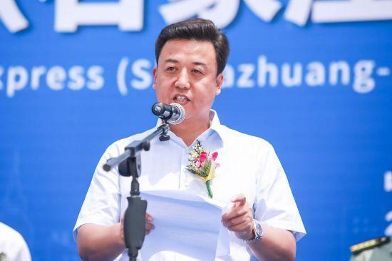 亿博控股集团董事长刘瑞领