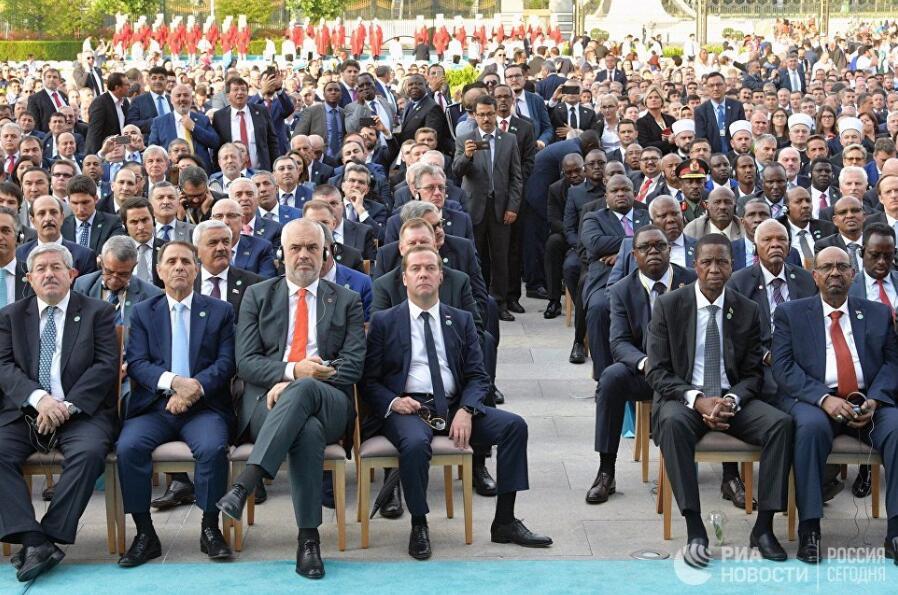 俄总理访问土耳其 出席埃尔多安就职典礼