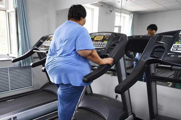 """400斤""""运动达人""""长春减肥"""