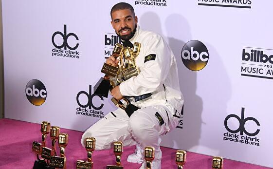 Drake新专7首歌曲霸榜Billboard TOP10 打破甲壳虫乐队纪录