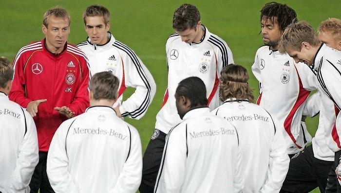克林斯曼怒赞英格兰:他们很像我执教过的06德国队