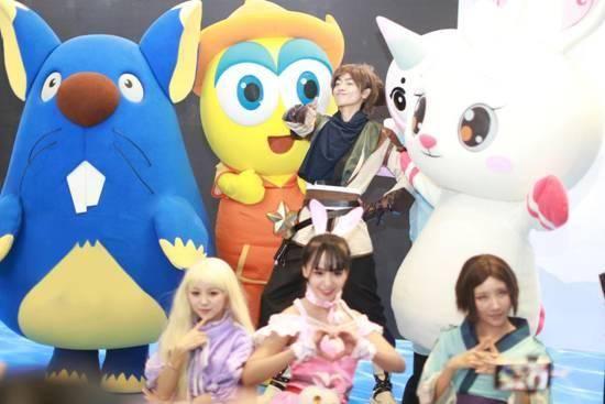 伊仔家族首秀2018CCG EXPO