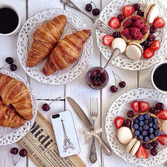 早餐也要仪式感 图片来源karolinaone.tumblr.com