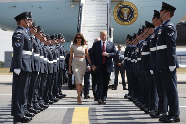 特朗普开启任内首次访英之行